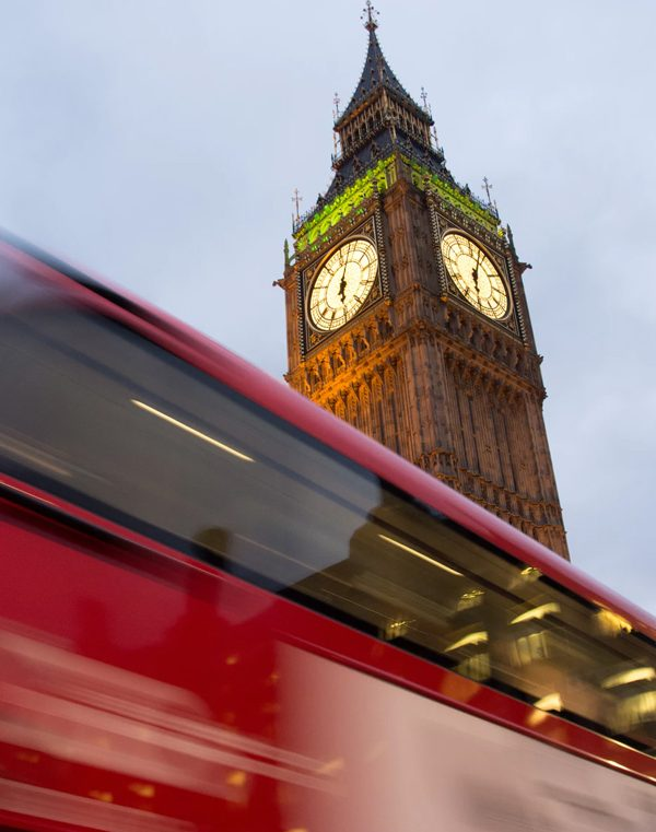 Start and end in London! With the coach/bus tour Europe Taster
