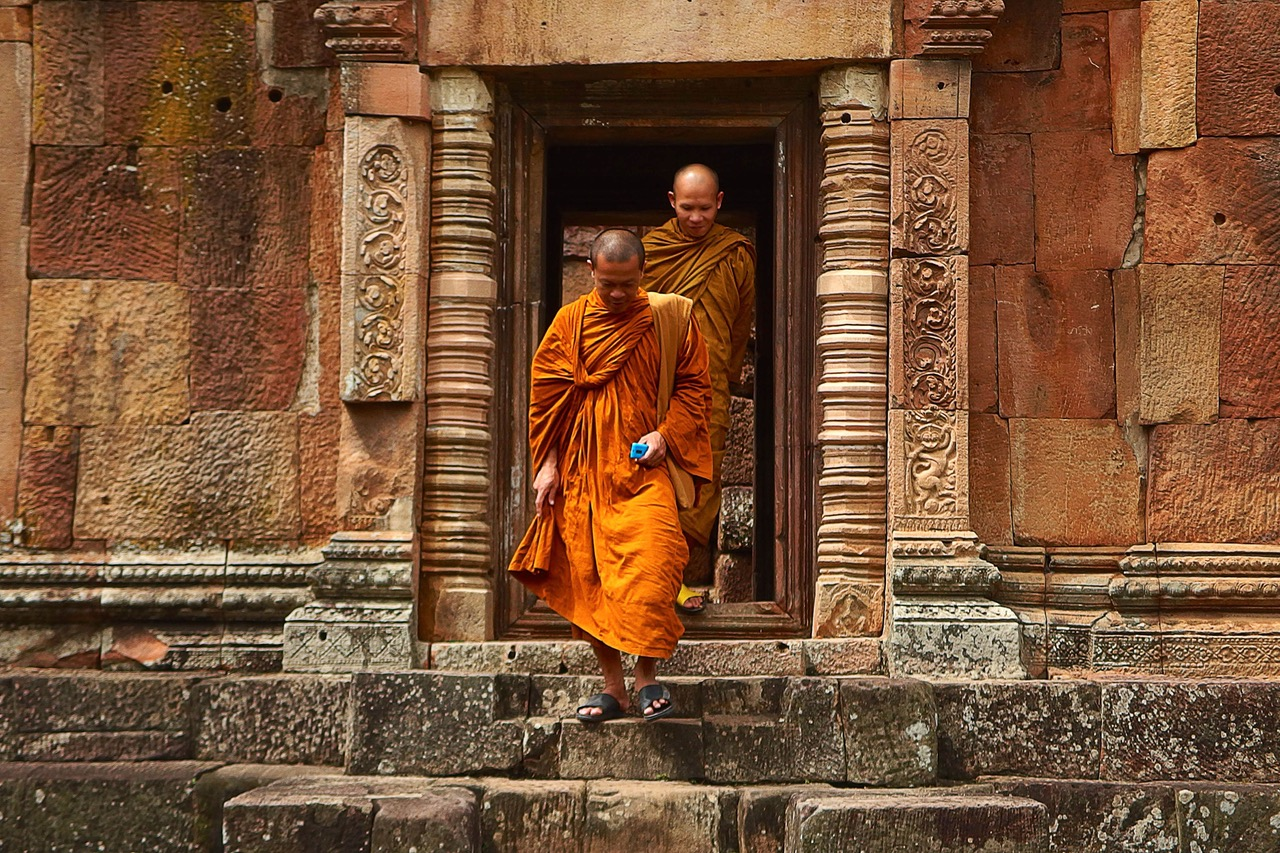 A Day In The Life Of A Tibetan Monk